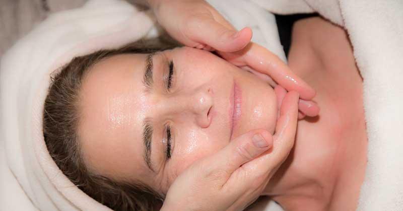tretmani za podmlađivanje lica
