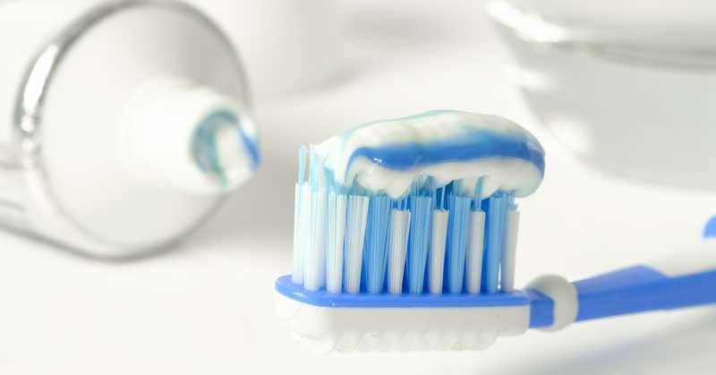 zubna pasta za bubuljice
