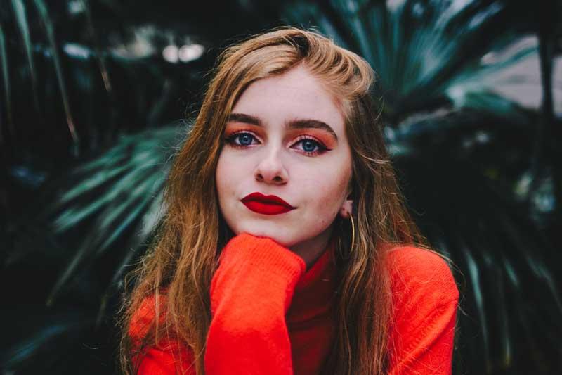 povećati usne šminkom