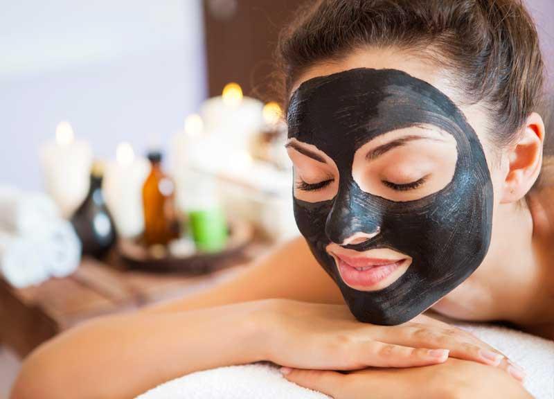 crna maska za kožu