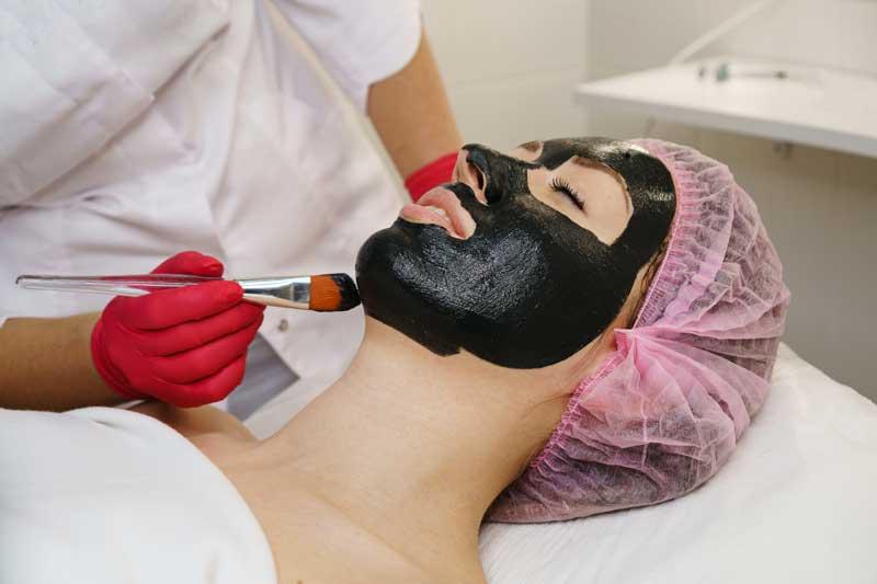 crna maska za lice upotreba