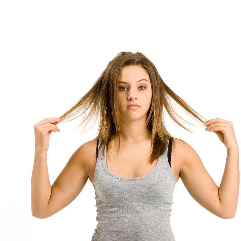 slepljena kosa simptomi