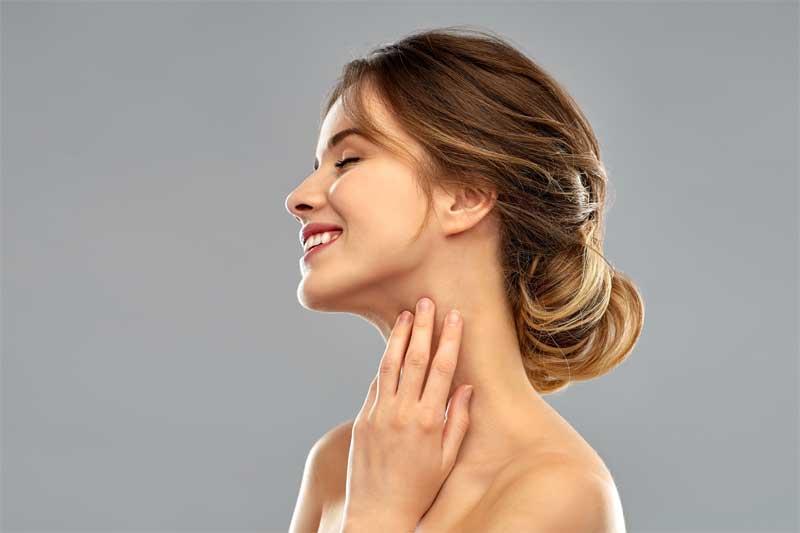 uklanjanje bubuljica na vratu