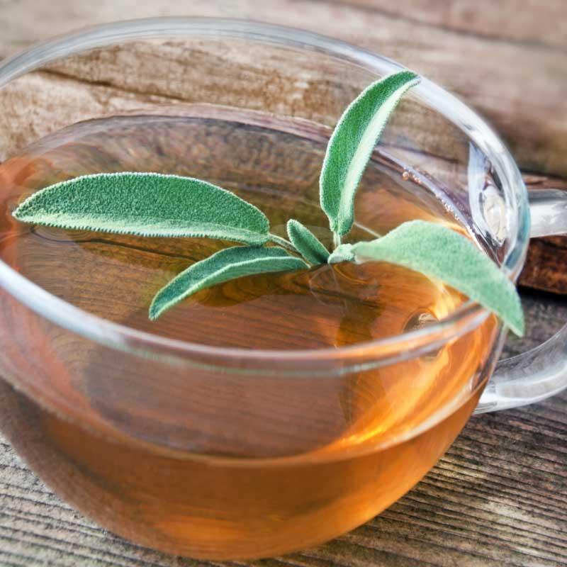 čaj od žalfije za kosu